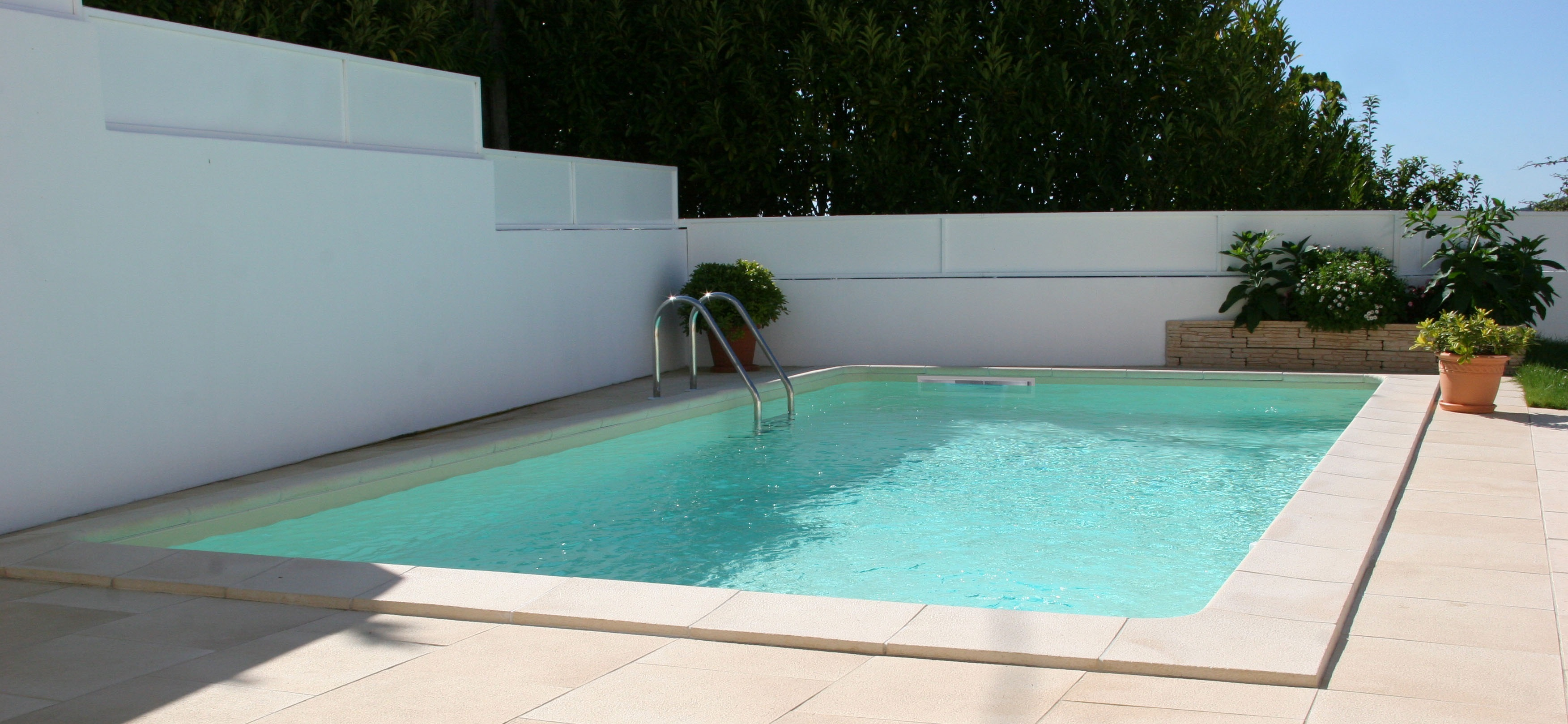 Piscina prefabricada 800cm x 400cm x 150cm piscinas athena for Piscinas athena