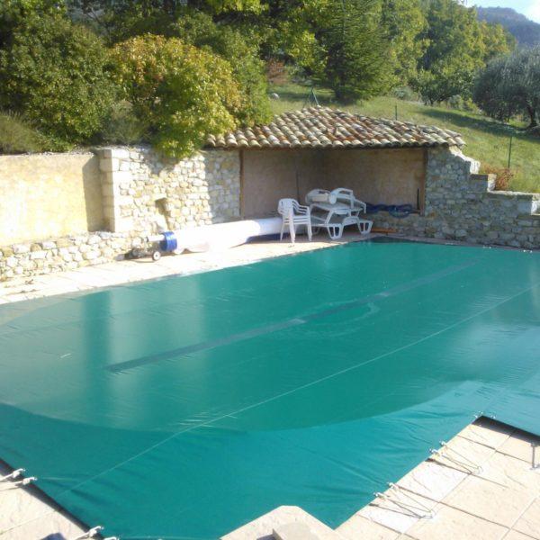 Cobertor de seguridad de piscina skin freeze piscinas athena for Piscinas athena