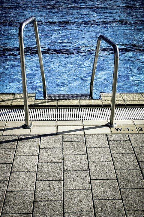 Venta piscinas prefabricadas piscinas athena for Modelos piscinas prefabricadas