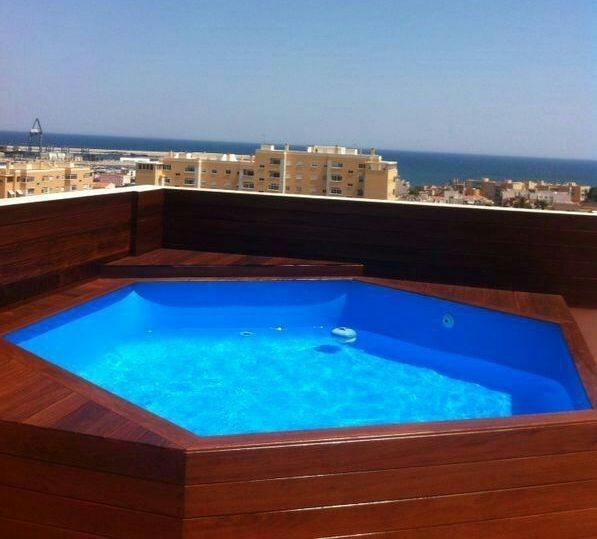Piscinas de terrazas de madera evolutivas piscinas athena for Piscinas pequenas para terrazas