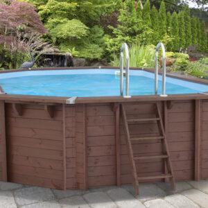 imagen piscina de madera 698cm x 467cm x 138cm