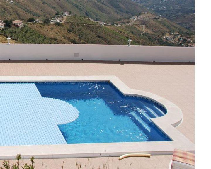 Piscina en terraza peso maximo gallery of los bordes y for Piscinas y terrazas ideales