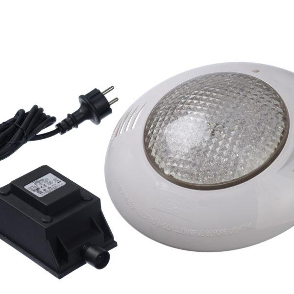 imagen foco LEDs blanco piscinas de madera