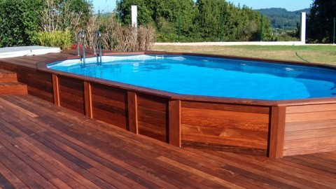 Venta de piscinas de madera on line piscinas athena for Escaleras de piscinas baratas