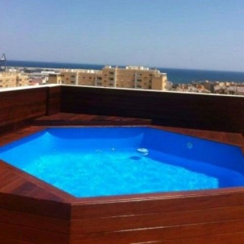 Madera para piscinas piscinas en madera with madera para for Piscinas athena