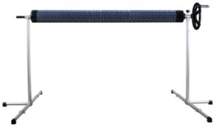 imagen enrollador de cubierta de piscina elevada de 4m