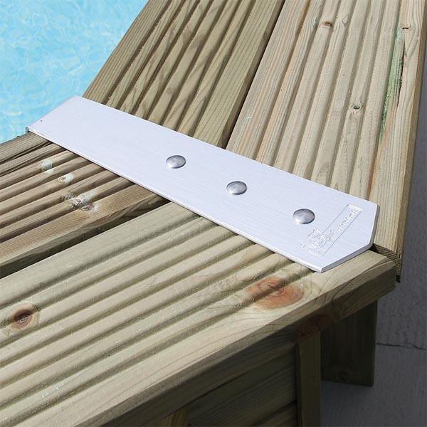 imagen Embellecedor de piscina de madera 1