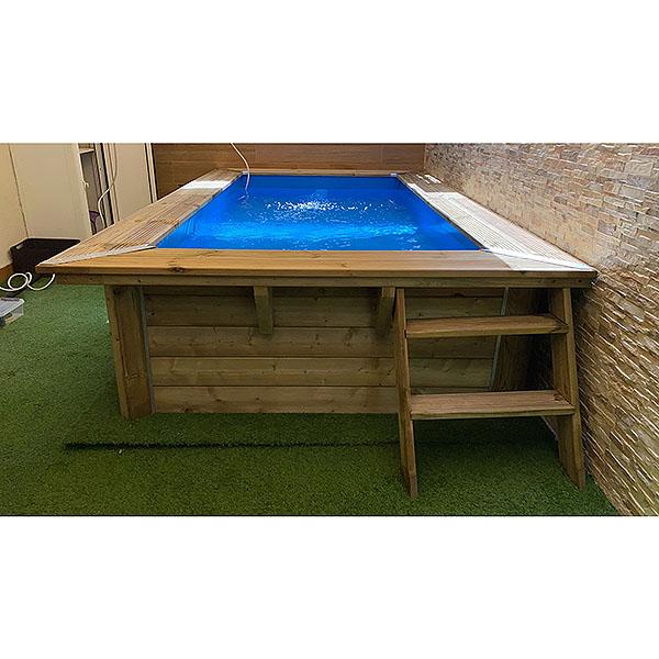 imagen piscina rect (frontal con escalera)