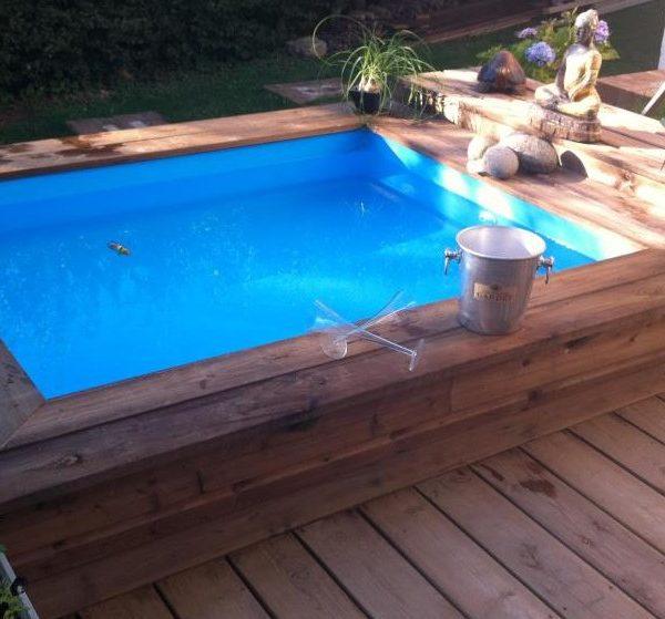 Mini piscina de madera nika para terrazas piscinas athena for Alquiler de piscinas