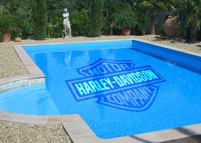 Cenefas de piscinas y decoraciones piscinas athena for Pegamento para piscinas