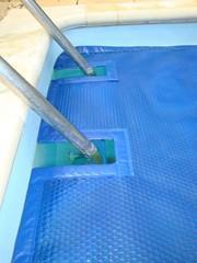 imagen Recorte escalera para manta térmica piscina