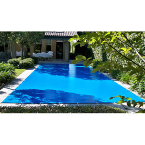 imagen cobertor piscina familiar