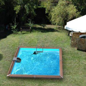 imagen piscina de madera solta